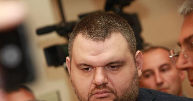 Депутатът Делян Пеевски продължава с даренията за българските лечебни заведения.
