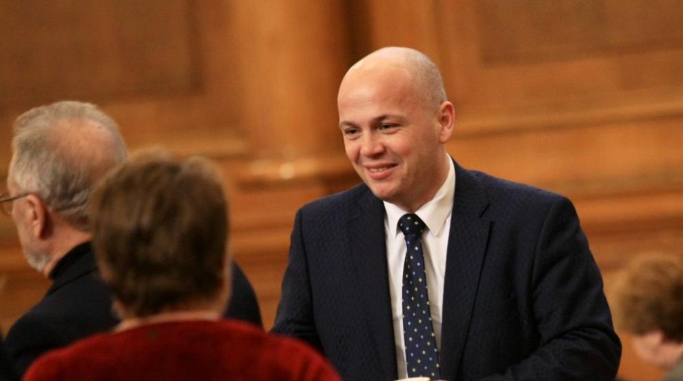 БСП ще иска субсидията за партиите да стане 8 лева на глас