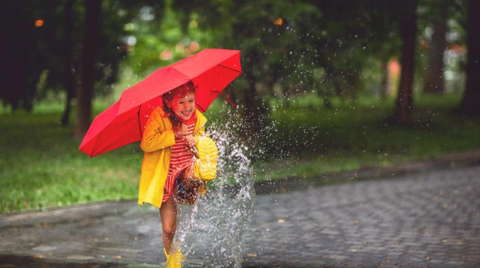 Жега и летни температури, не се размина без бури и градушки (СНИМКИ/ВИДЕО)