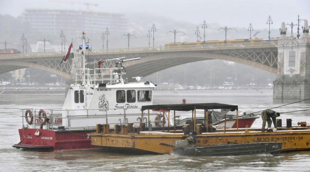 Намерени са още четири тела на жертви на потъналото в Дунав корабче