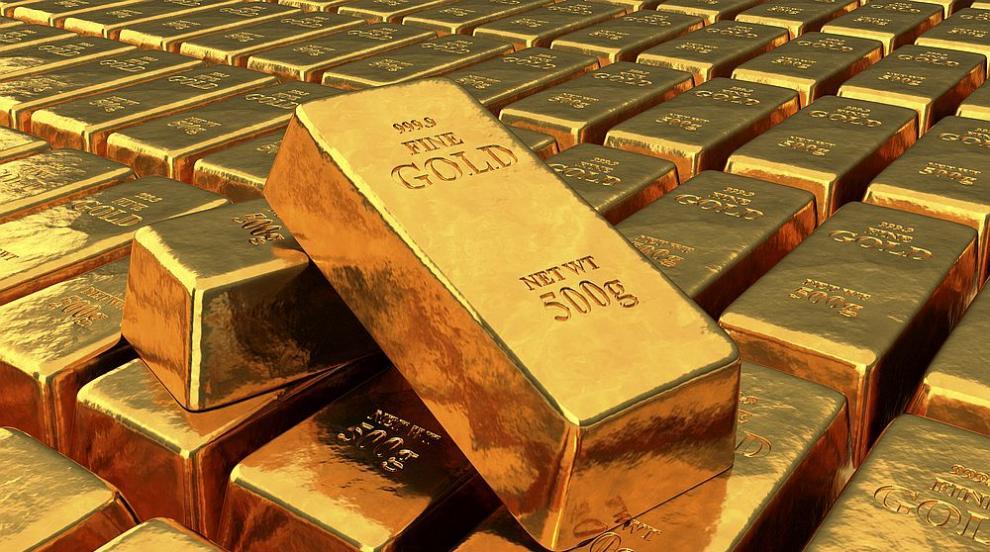 Заради пандемията златото удари рекорд от 2011 година насам