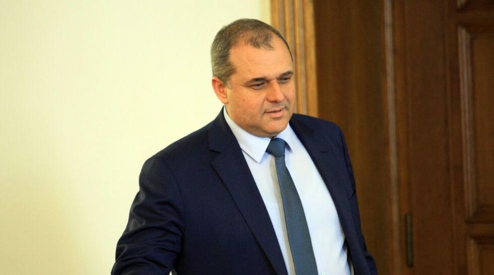 Искрен Веселинов критикува удължаването на...