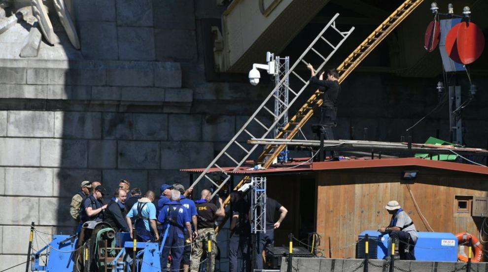 Правят нов опит заизваждане на телата от потъналотов Дунав корабче