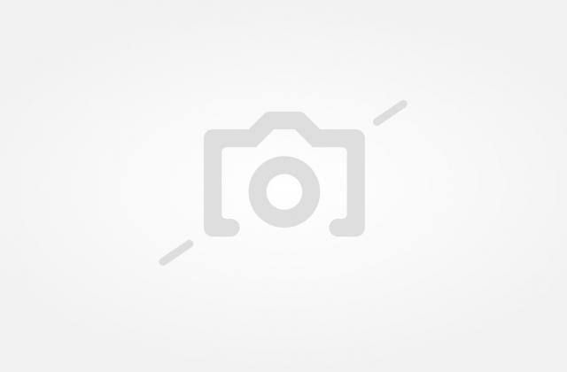 3d34fd94ea1 В Тополовград иззеха неустановени марки и монети, в Любимец - бебешки пелени