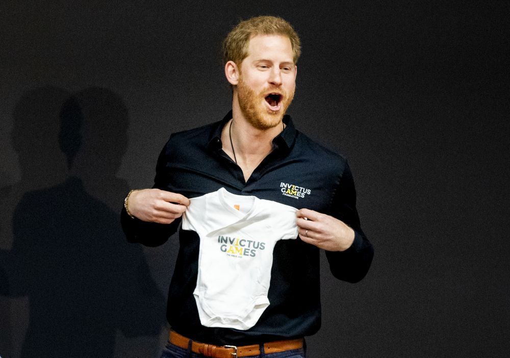 Четвъртият по ред за наследяване на британския престол, принц Хари на 15 септември става на 35 години