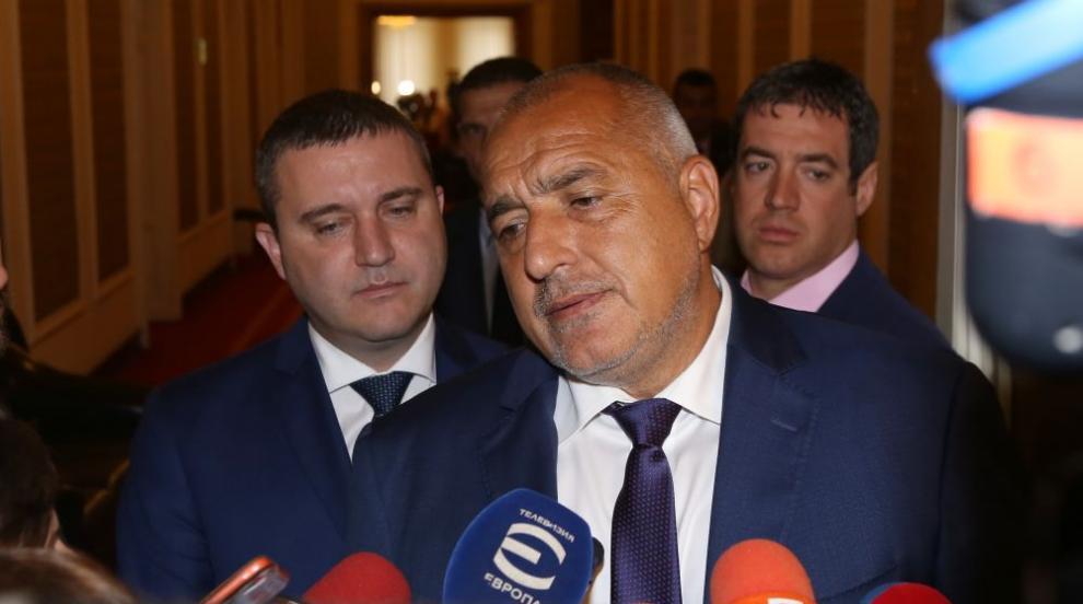 Борисов: Пазарим се за максимално намаляване на цената на самолетите