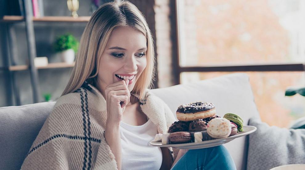 Френски диетолози: Може да ядете сладкиши и да не пълнеете