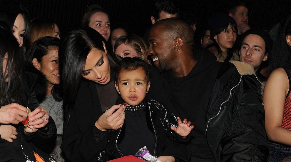 Голямата дъщеря на Ким Кардашиян е на пет и вече е модна икона (ВИДЕО)