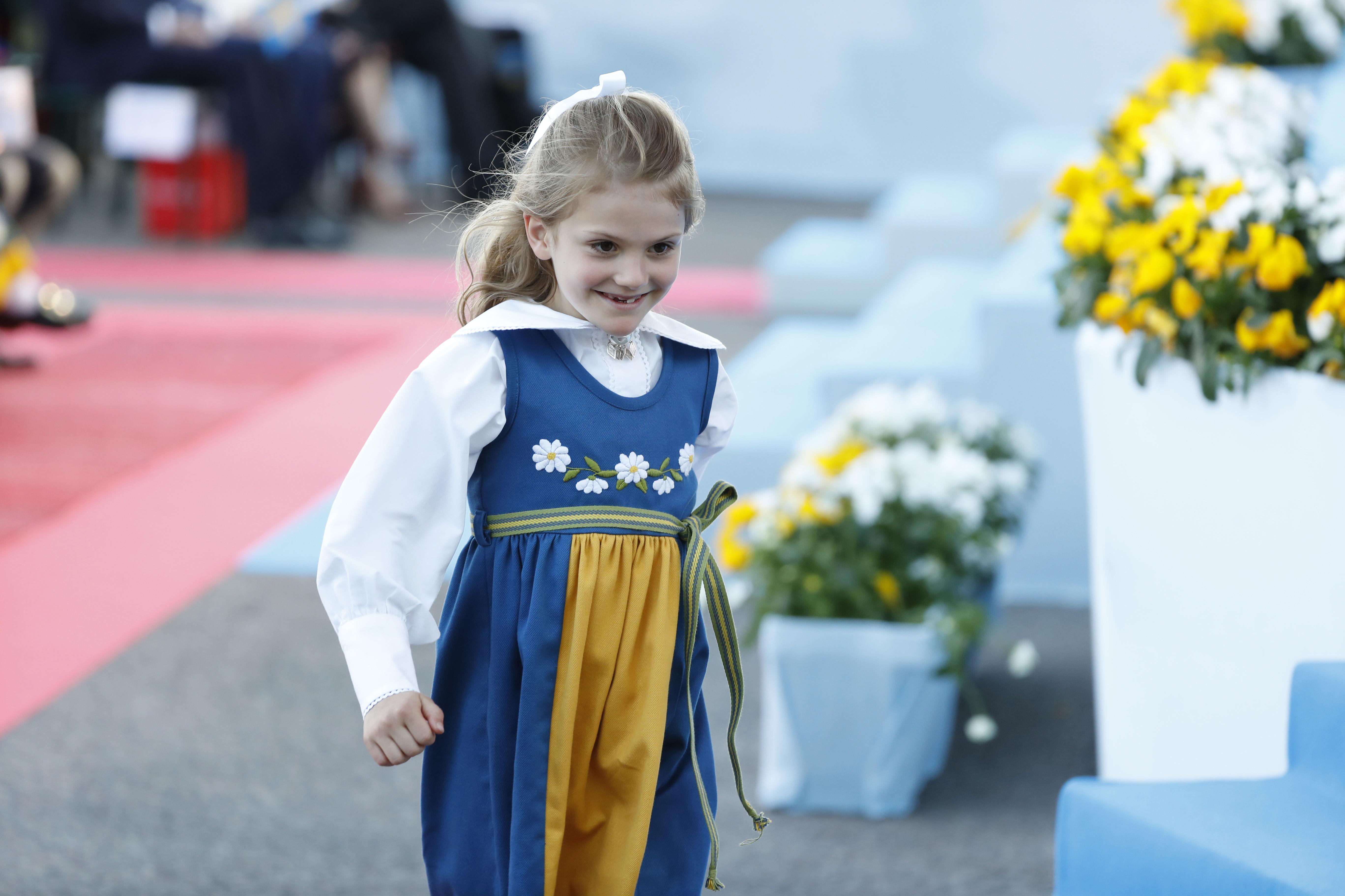 Принцеса Естел Шведска, 7-годишна.<br /> Принцеса Естел е втора поред за наследявана на шведския престол след майка си, 41-годишната принцеса Виктория.