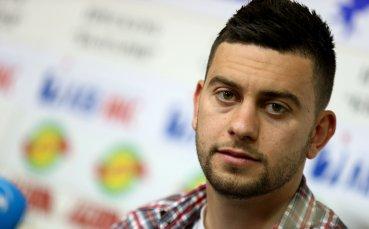 Станислав Костов дебютира за Олимпиакос
