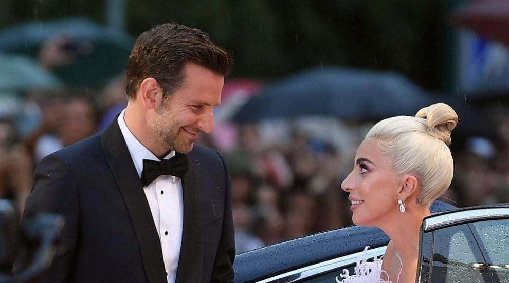Лейди Гага и Брадли Купър заживели заедно?! Каква е истината?