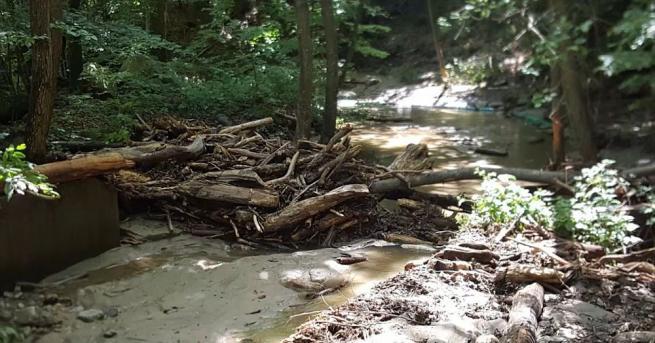 Във връзка с публикувани информации в медиите за преустановено водоснабдяване