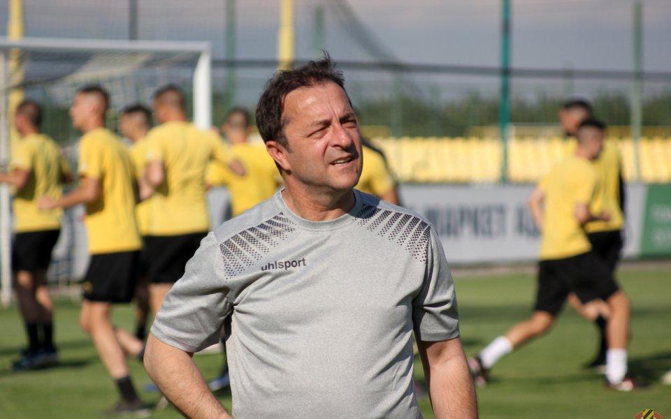 Петрович: В Европа правят от дърветата играчи, а на Балканите правим от играчите дървета