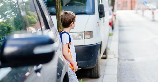 България Внимание! Опасна детска игра по улиците в страната Опасната