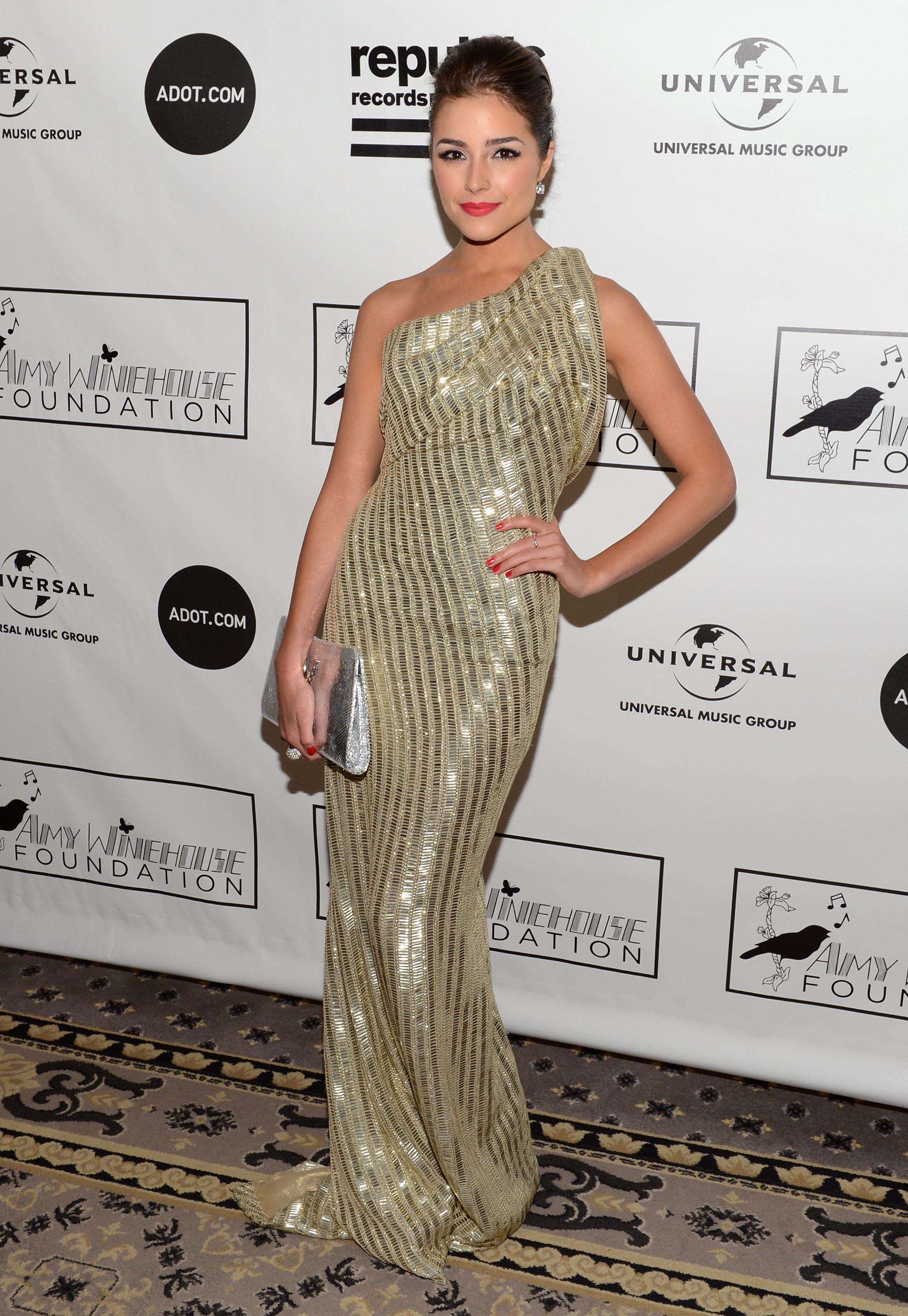"""Манекенката Оливия Кулпо оглави класацията за 100-те най-сексапилни жени, изготвяна от мъжкото списание """"Максим""""."""