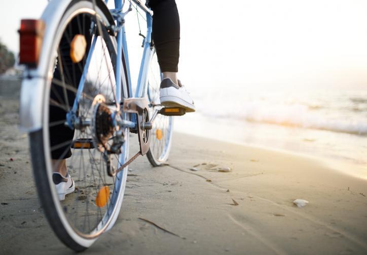 Искате ли обаче да извлечете максимална полза от карането на велосипед, трябва здраво да натисните педалите и да увеличите дистанцията/скоростта.
