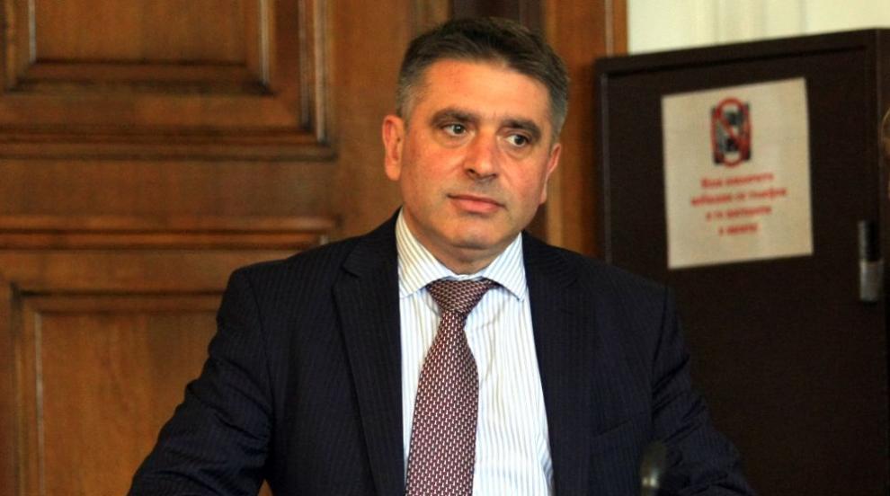Данаил Кирилов: Дори и с опорочен съдебен акт, държавата не може да спре...