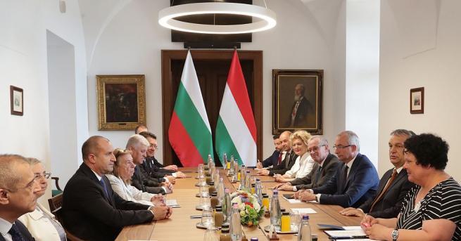 Президентът Румен Радев и министър-председателят Виктор Орбан обсъдиха необходимостта от