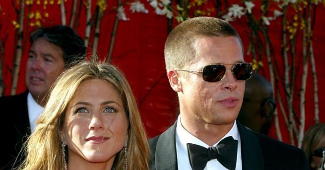 Холивудските звезди Брад Пит и Дженифър Анистън са възобновили отношенията