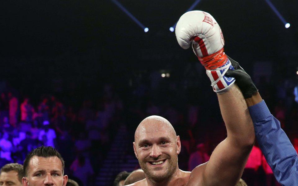 По информация на Boxing Scene, бившият световен шампион в тежка