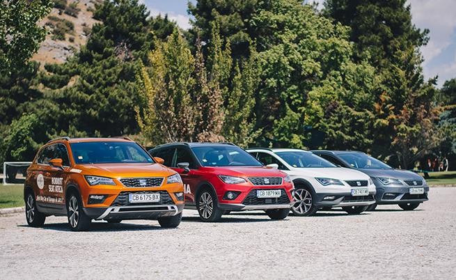 Arona в компанията на част от моделното семейство на Seat: Ateca, Arona, Leon X-Perience, Leon.