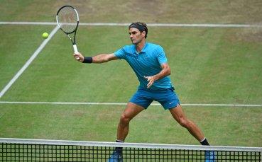 Федерер започна с победа сезона си на трева