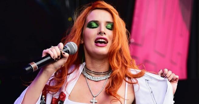 Певицата и актриса Бела Торн стана жертва на хакери. Холивудската