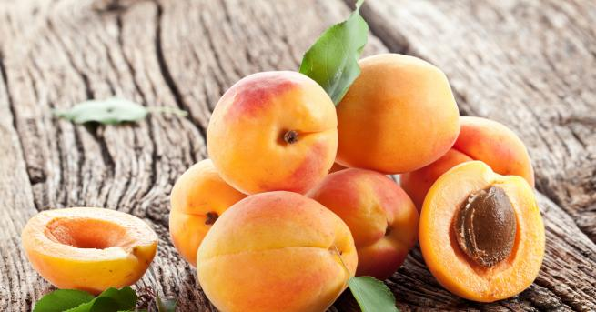Кайсията е плод на 8000 г. и освен, че е