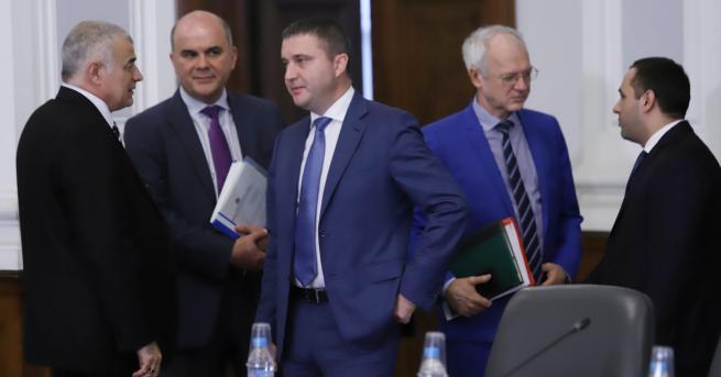 България Няма да има по-ниско ДДС за хляба и лекарствата