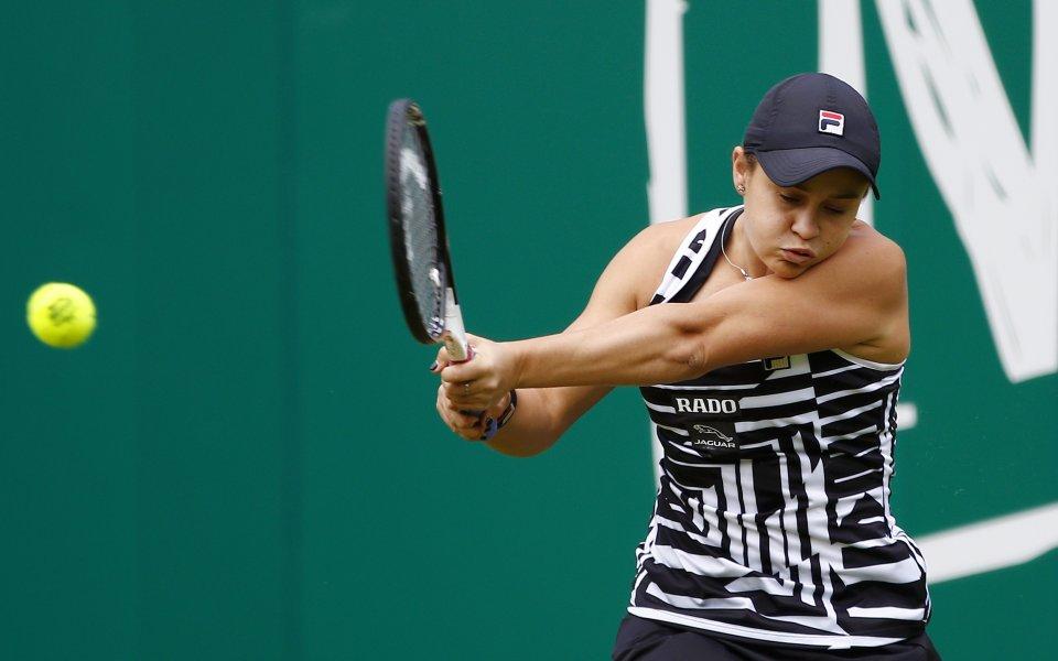 """Шампионката от """"Ролан Гарос"""" Ашли Барти се класира за четвъртфиналите"""