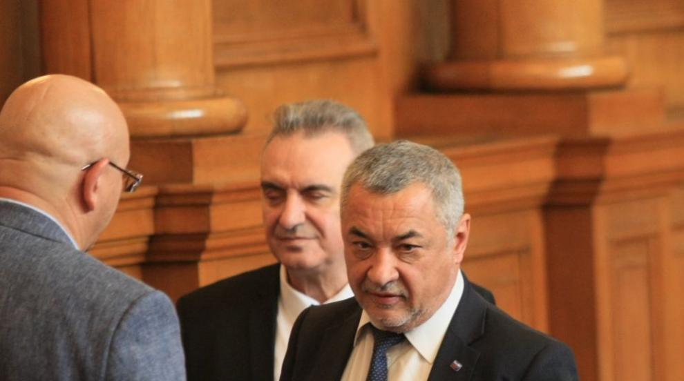 Симеонов: Чрез намаляването на субсидиите Борисов искаше да ликвидира БСП...