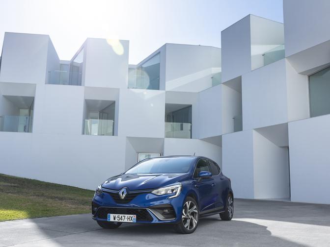 Renault Clio V галерия