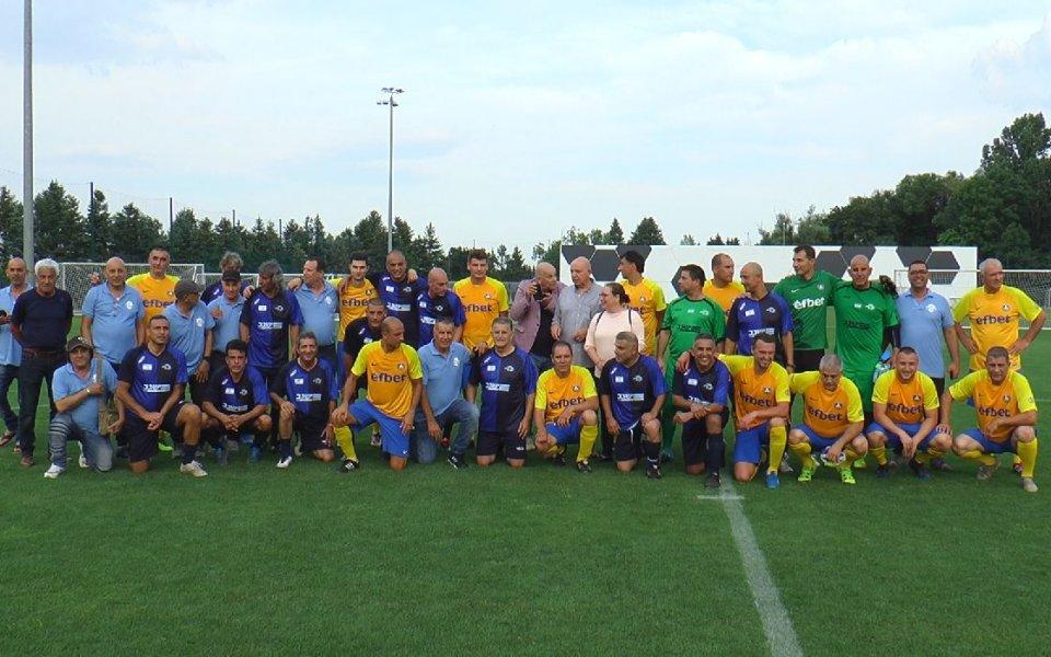 Снимка: Ветераните на Левски биха израелски сборен отбор
