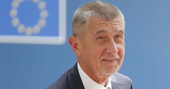 Свят Чехия експулсира двама руски дипломати заради фалшива новина Служител