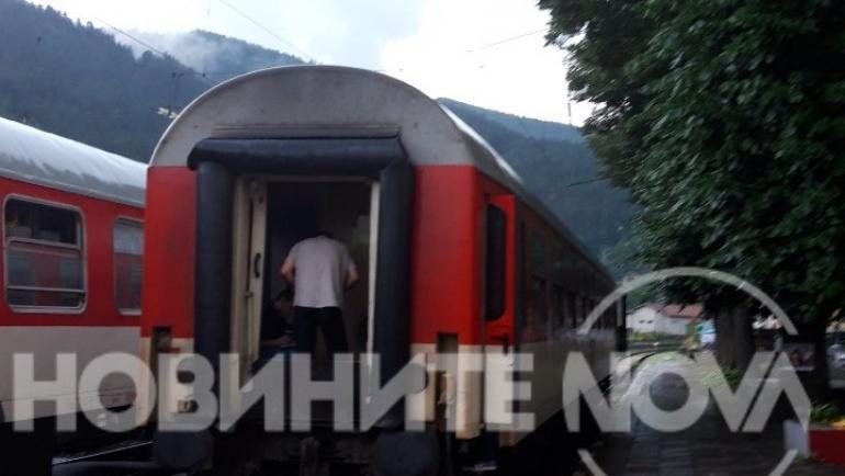 a6611f1cda9 Пожар във влака София-Варна - България | Vesti.bg