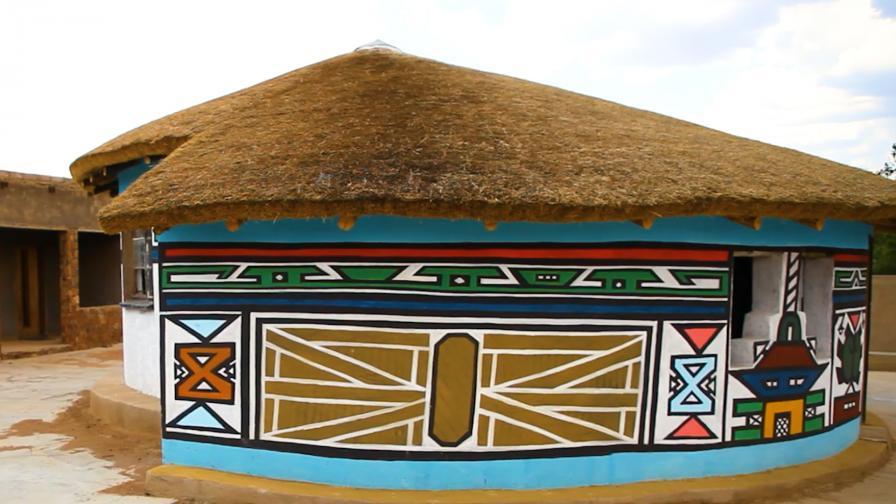Защо Ндебеле рисуват символи по къщите си