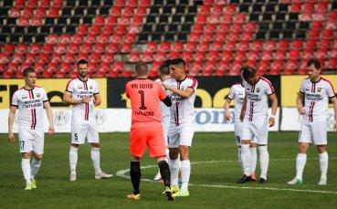 Ботев Гълъбово се отказва и от Трета лига, отива директно в областната група