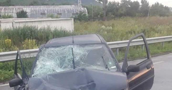 Двама пияни шофьори без книжки са се блъснали на кръстовище,