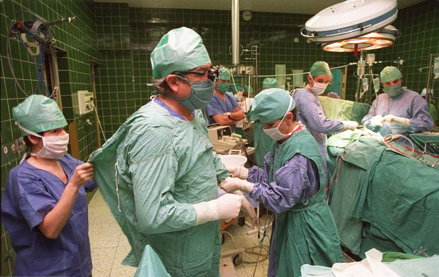 1987: Подготовка за трансплантацията.