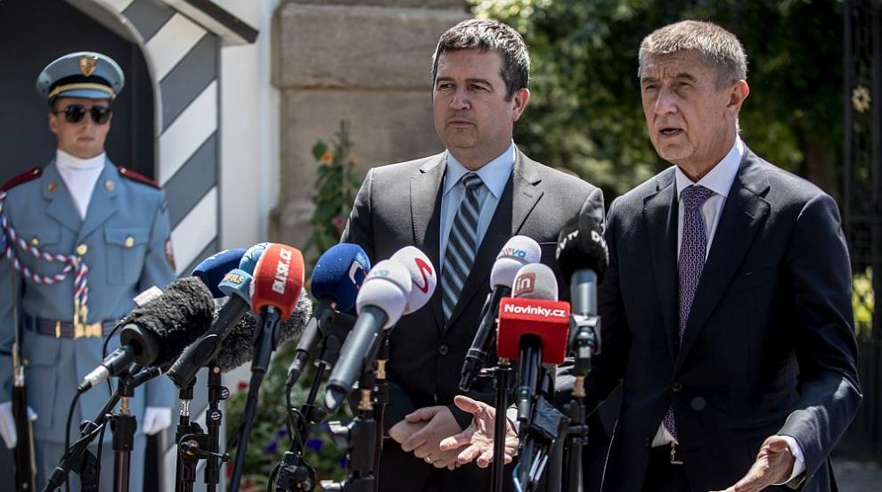 Чехия е на прага на политическа криза