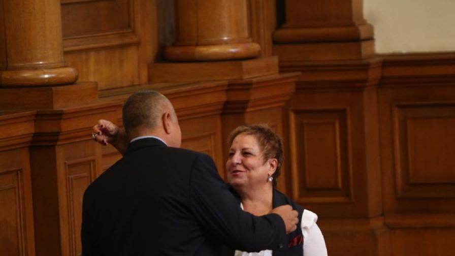 <p>Парламентът почете паметта на Снежана Дукова</p>