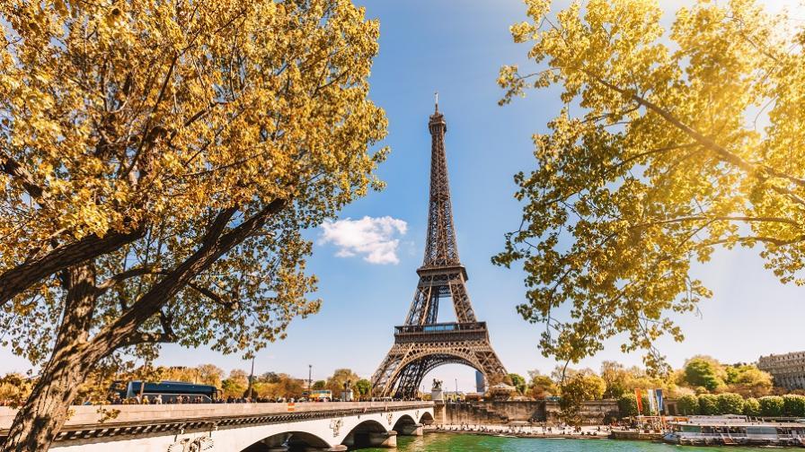 <p>Тайните кътчета в Париж, в които <strong>ще се влюбите</strong></p>