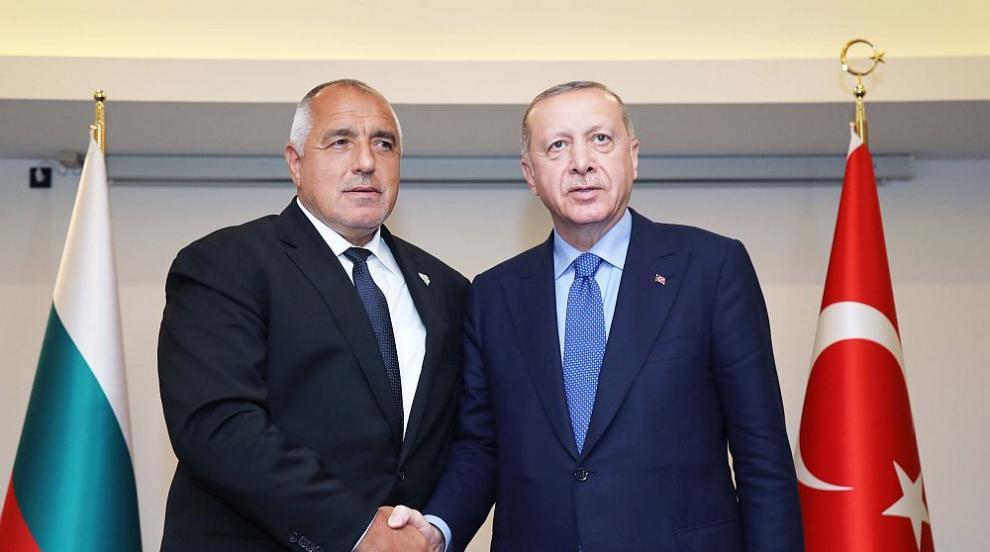 Борисов по телефона с Ердоган: Няма заплаха за България от мигранти