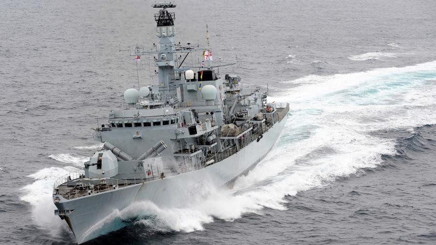 """Британската фрегата """"Монтроуз"""" Великобритания"""
