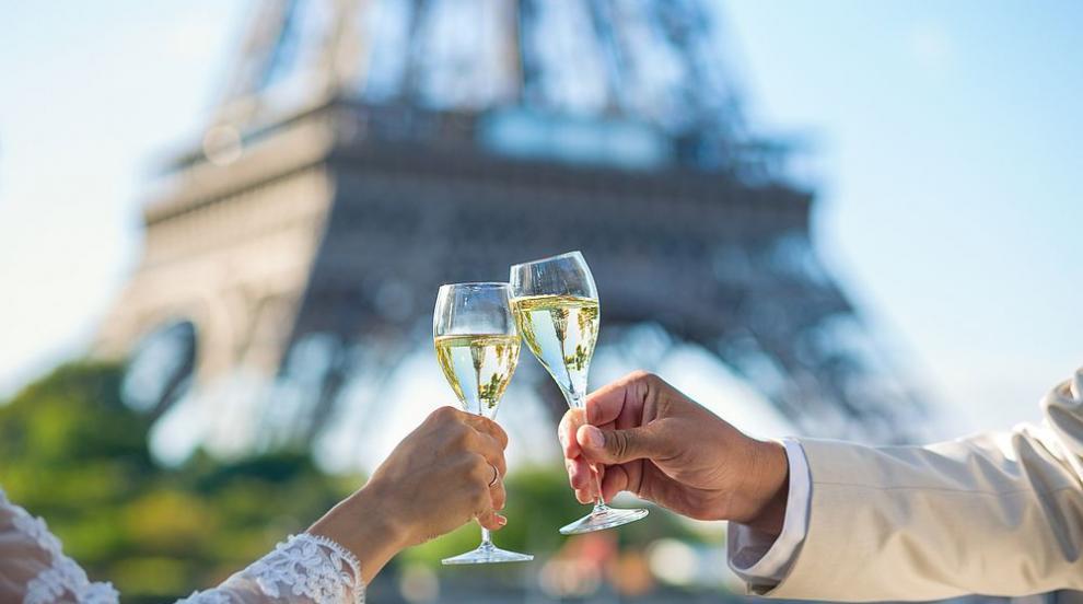 Звездите, които избраха да сключат брак във Франция (ВИДЕО)