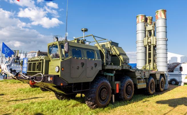 Русия достави първите части за С-400 в Турция