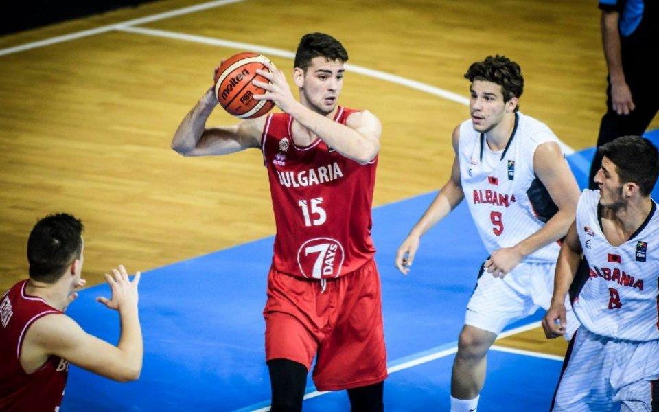 България стартира с победа на Европейското по баскетбол за младежи