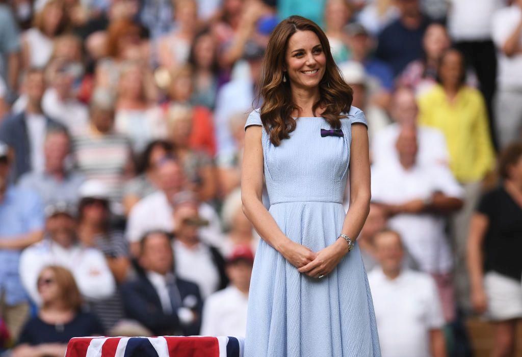 Херцогиня Кейт връчи купата на финалиста при мъжете на Уимбълдън Новак Джокович