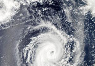 Огромно торнадо в Средиземно море