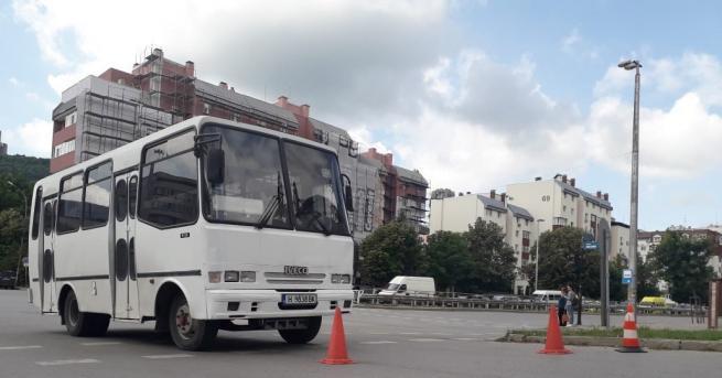 Снимка: Почина пешеходката, блъсната от градски автобус в Шумен